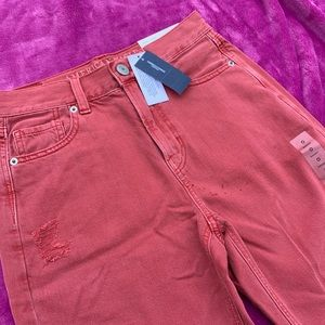 NWT red american eagle mom jeans